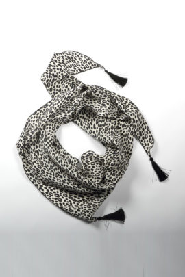 Scarf with mini leo print, black and white, pure silk