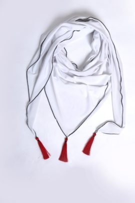 Scarf with 3 Madeiraquasts, Jersey white-red