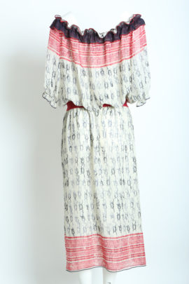 Dress Carmen Style with anchor embroidery