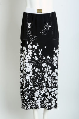 Maxi skirt with white flower print