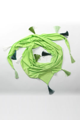 Scarf, may green, jersey with 17 Madeira tassels