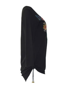 Long shirt with Masterart-embroidery