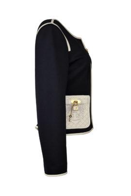 Jacke, Rundhals, aus Doublejersey mit geprägt gestickten Ledertaschen und Kontrasten